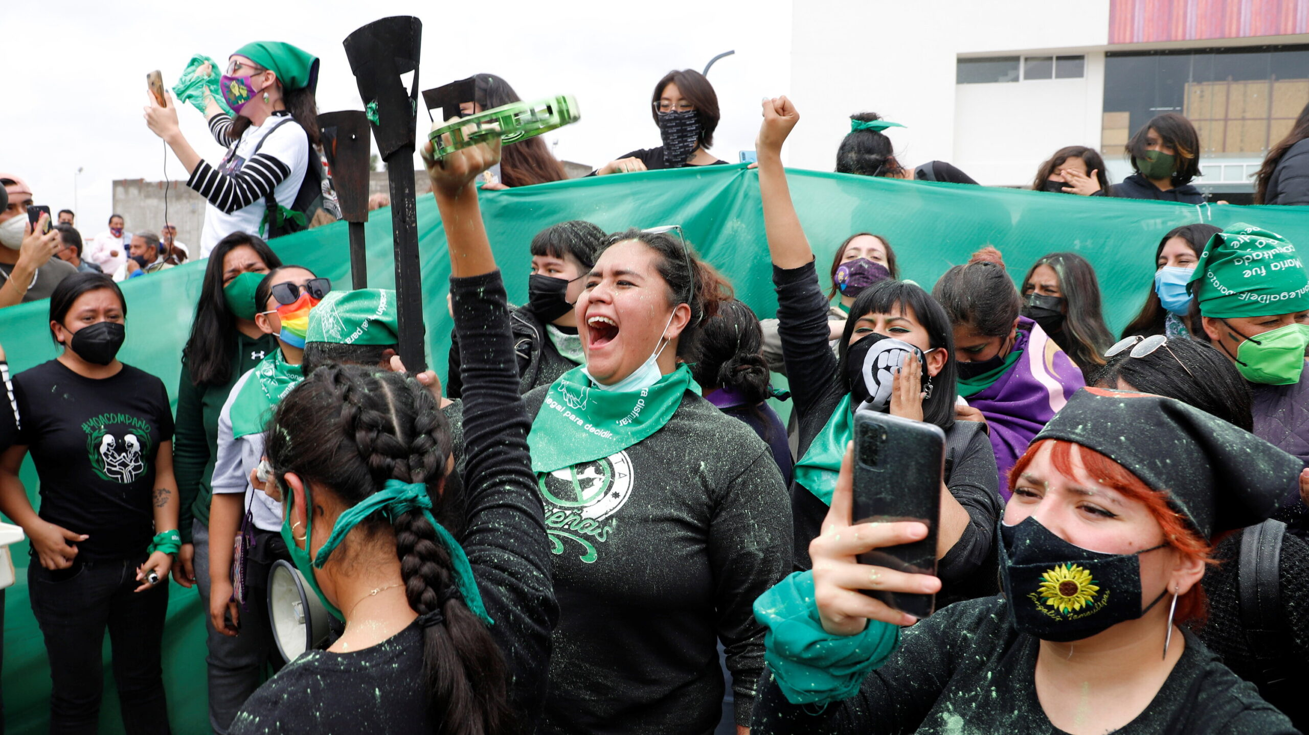 Mexico's Supreme Court Votes to Decriminalize Abortion - The New York Times 1