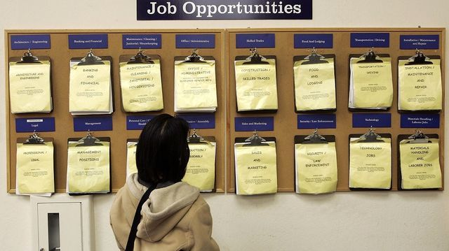 US Unemployment Benefits: 1.5 Million Filed Claims Last Week 4