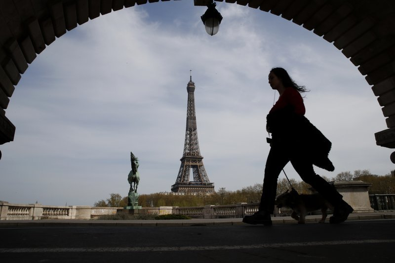 EU reopens its borders to 14 nations but not to US tourists 1