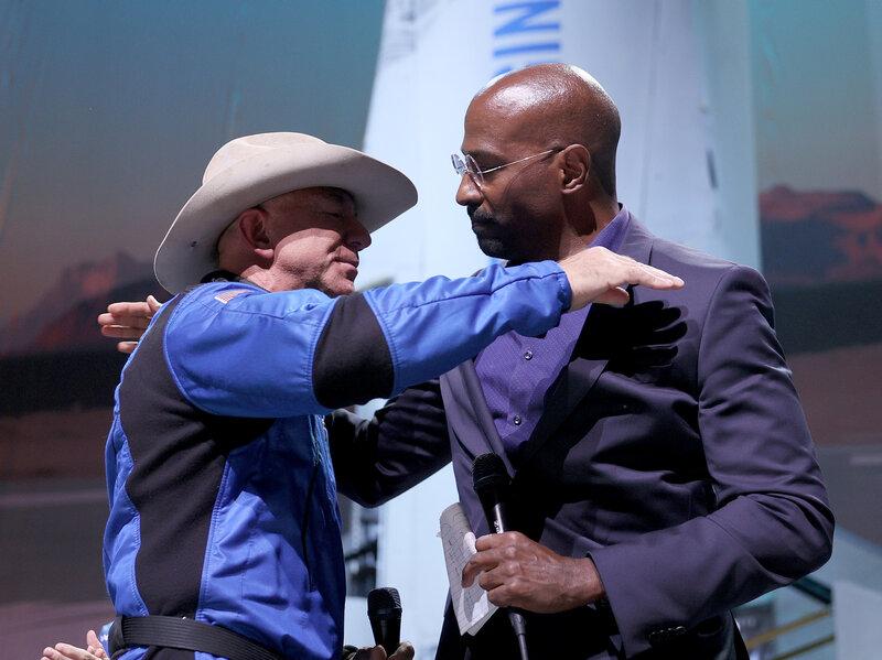 BREAKING: Jeff Bezos Gives $200 Million to Van Jones, José Andrés After Spaceflight 1